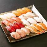 お寿司屋さんごっこも楽しめる!富士宮『魚清』寿司ネタ&シャリ24貫セット 画像